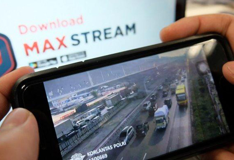 Police, Telkomsel present exodus livestreaming through MAXstream