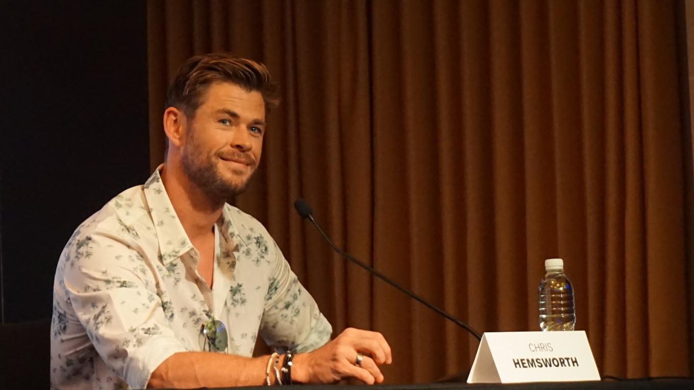 Chris Hemsworth learned Bahasa Indonesia at school
