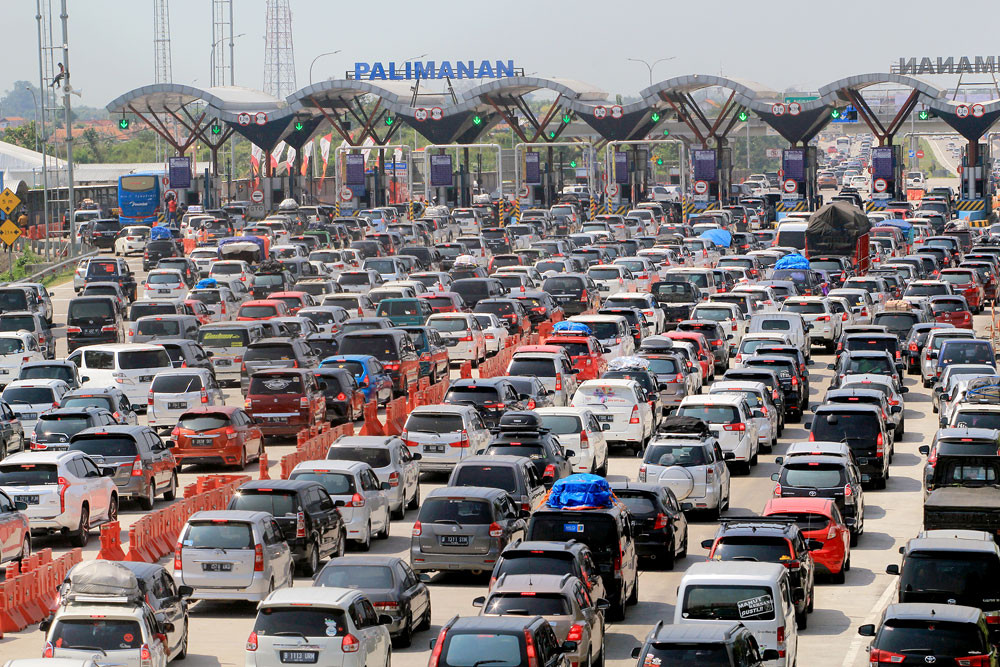 Consumption of high octane fuel jumps during exodus
