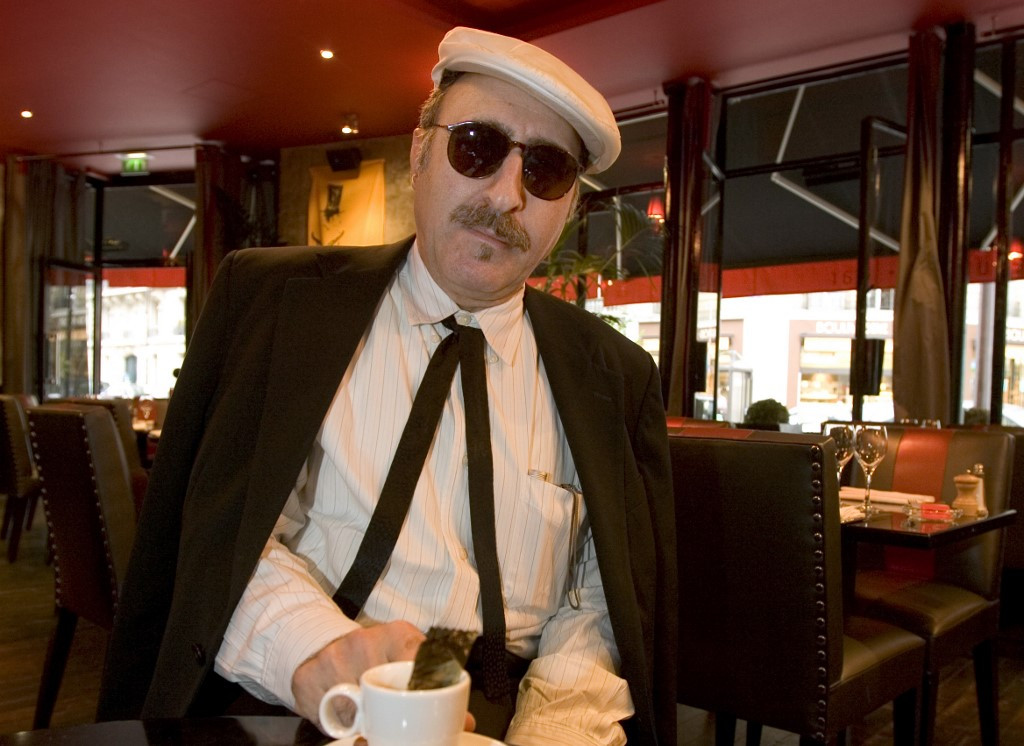 Genre-bending American musician Leon Redbone dies at 69