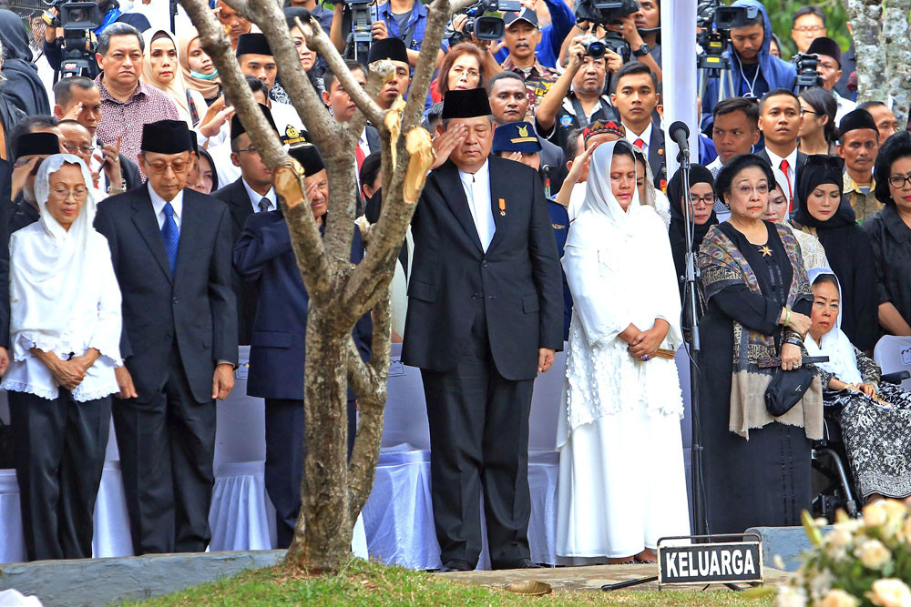 Yudhoyono voices support for Jokowi's policies, says Dems will remain balancing power