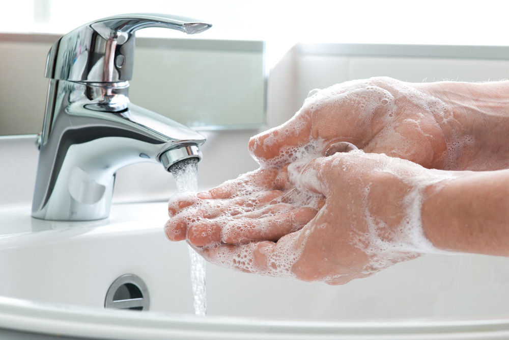 Think you know how to wash your hands? Doctors say use this method at 9 specific times