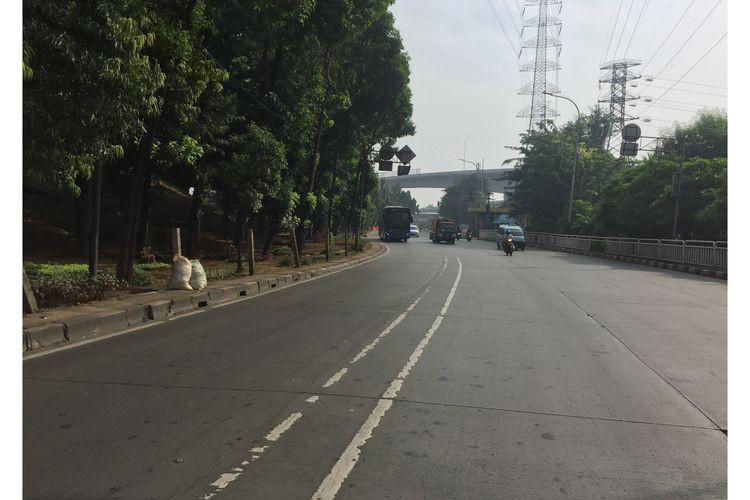Jakarta streets empty as millions leave in Idul Fitri exodus