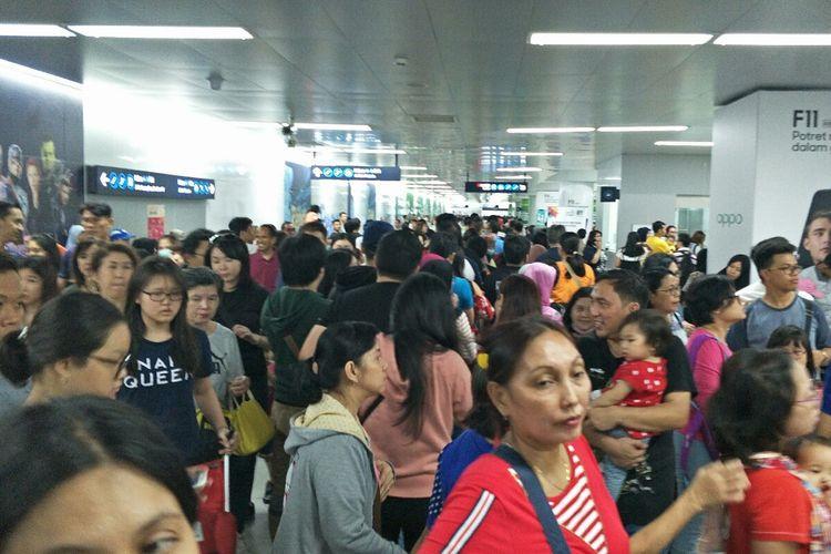 MRT running as usual after quick halt as quake hits Jakarta