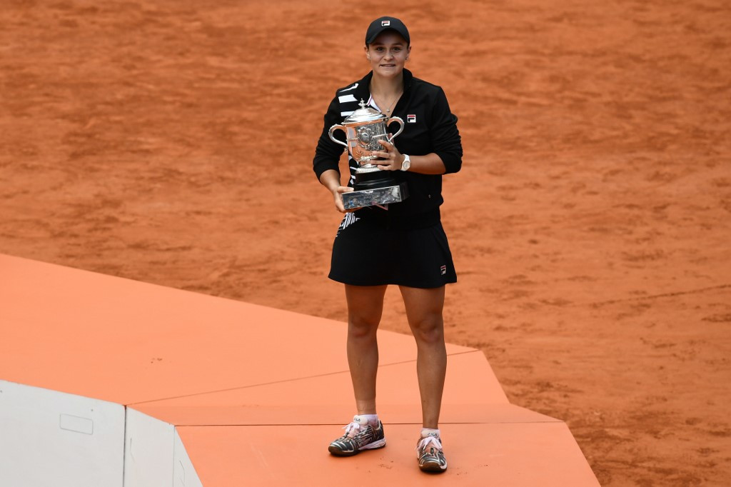 Barty targeting 'next goal' of no. 1 spot after French Open triumph