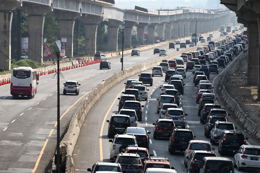 Nearly half a million motorists return to Jakarta after Idul Fitri