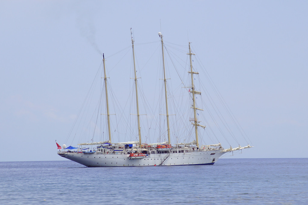 Star Clipper, cruise ship sailing under Maltese flag, stops in Batam