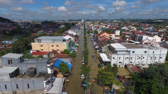 Flooding in Samarinda affects thousands