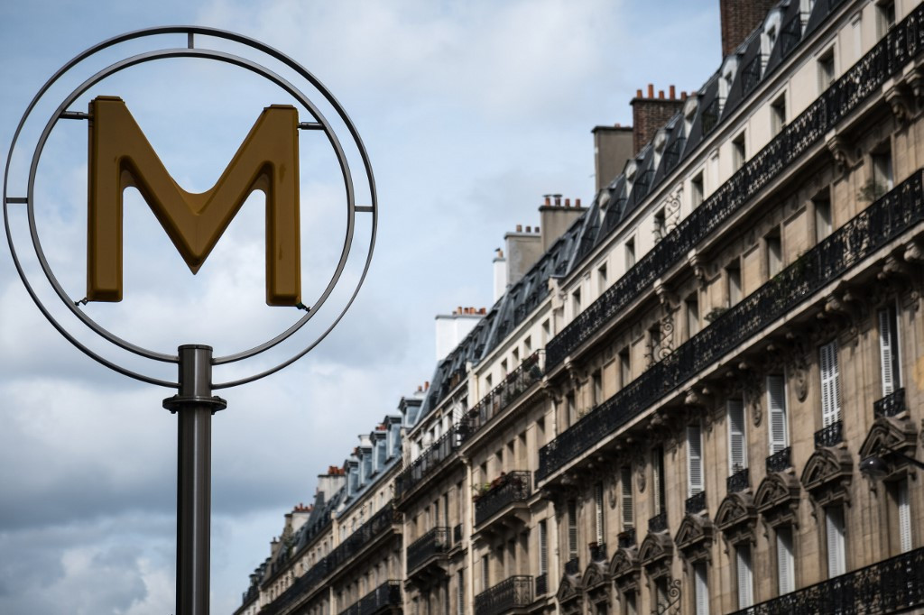 End of the line for paper tickets on Paris metro
