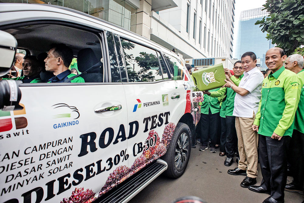 Jokowi wants 30% biodiesel in cars as soon as January next year