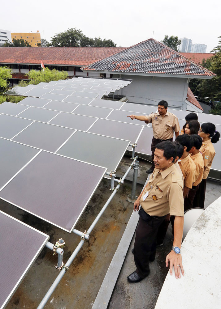 Start them early: Renewable energy group visits schools, villages to raise awareness