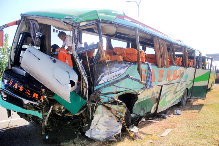 Seven killed in traffic accident on Cipali toll road