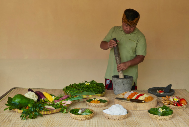 Guests can learn how to make Balinese cuisine from scratch in an Amandari cooking class.