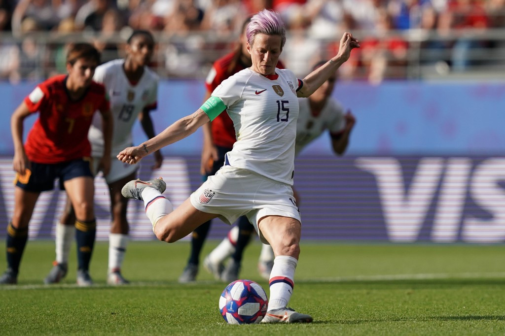 Megan Rapinoe shines brightest at story-packed women's World Cup