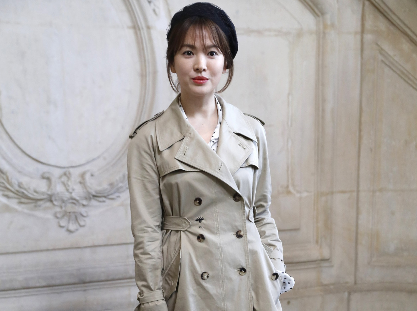 Song Hye-kyo makes first appearance after divorce announcement