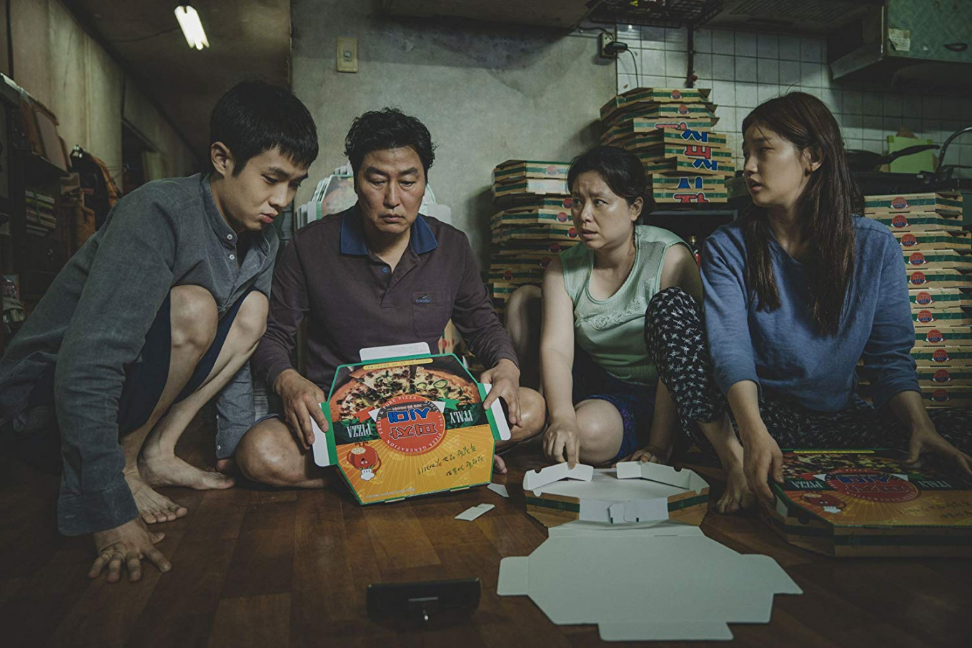 'Parasite' succeeds in mixing laughs with thrills