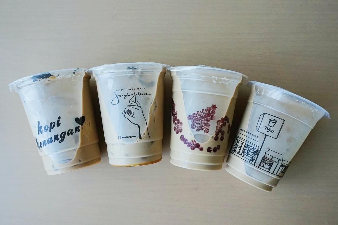 Jakpost Taste Test: 'Es Kopi Susu'
