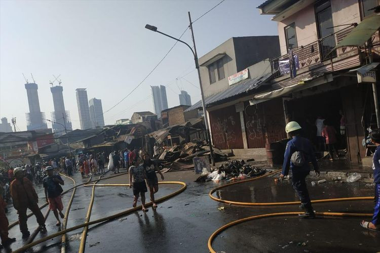 About 500 Tanah Abang fire victims placed in temporary shelters