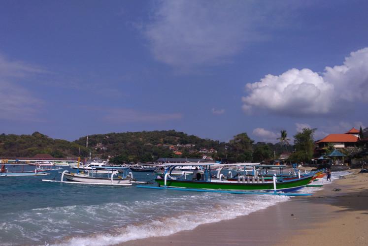'Jukung' (traditional wooden boats) at Padangbai port.