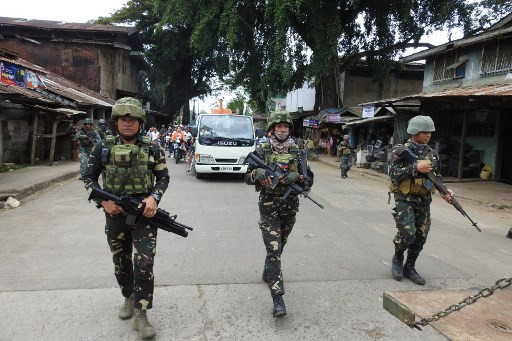 Philippines suspects first suicide bombing by a local: army
