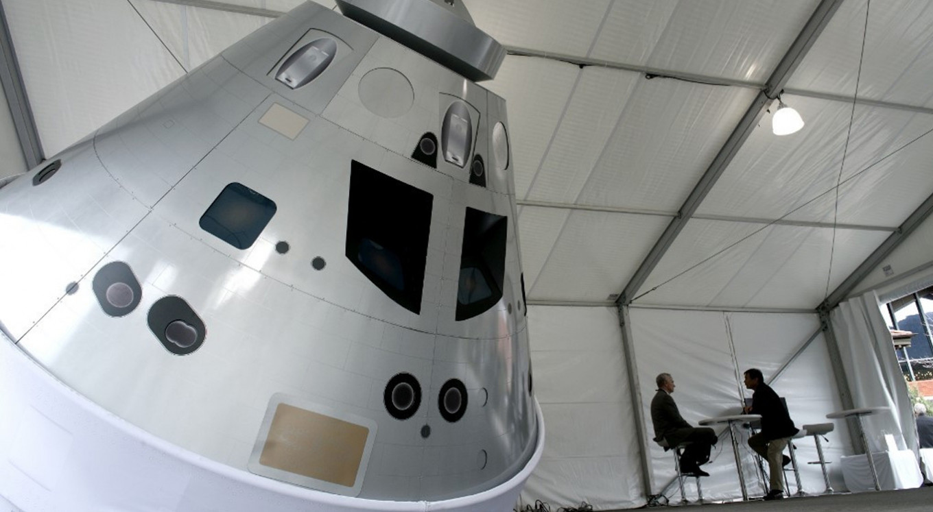 NASA tests abort system on astronaut capsule built for moon missions