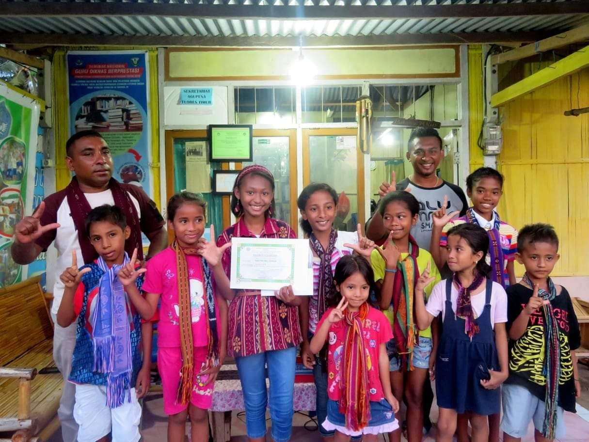 East Flores teacher to represent NTT in 2019 Literacy Activist in Residence program