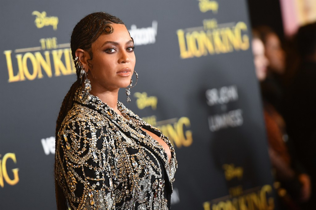 Beyonce leads red carpet stars as 'The Lion King' roars back to life