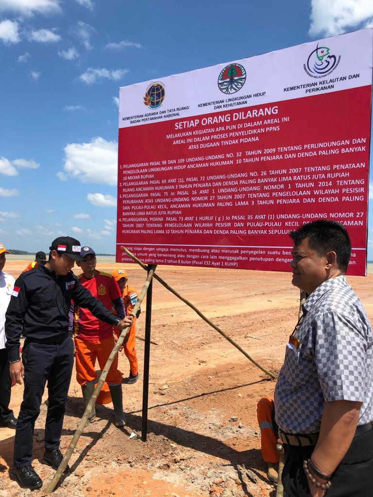 Authorities seal off illegal reclamation project in Belitung