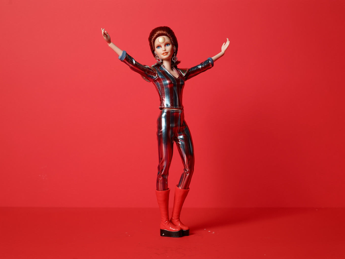 Mattel unveils David Bowie Barbie doll