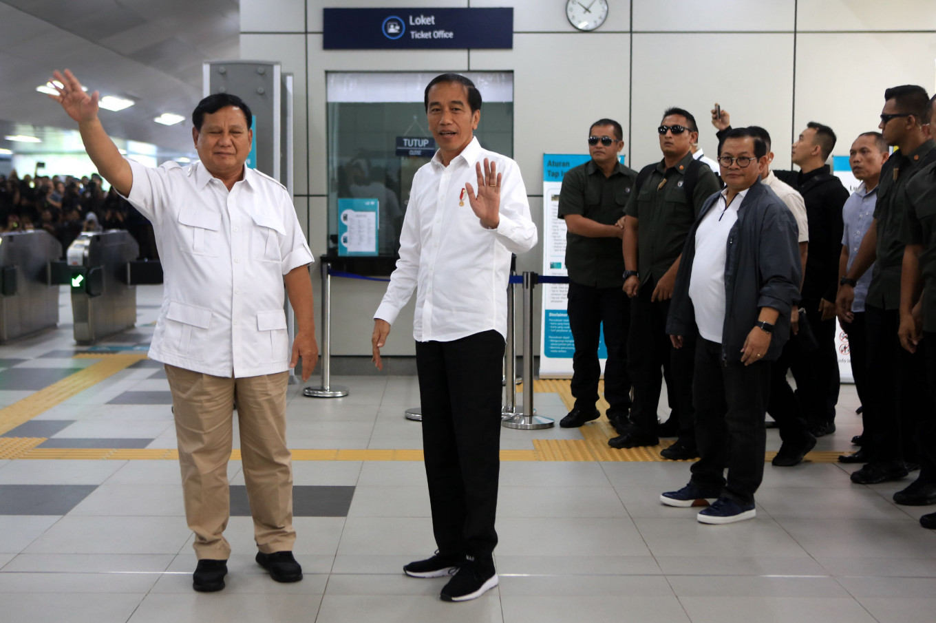 'No more 'cebong', 'kampret': Jokowi, Prabowo call for national unity
