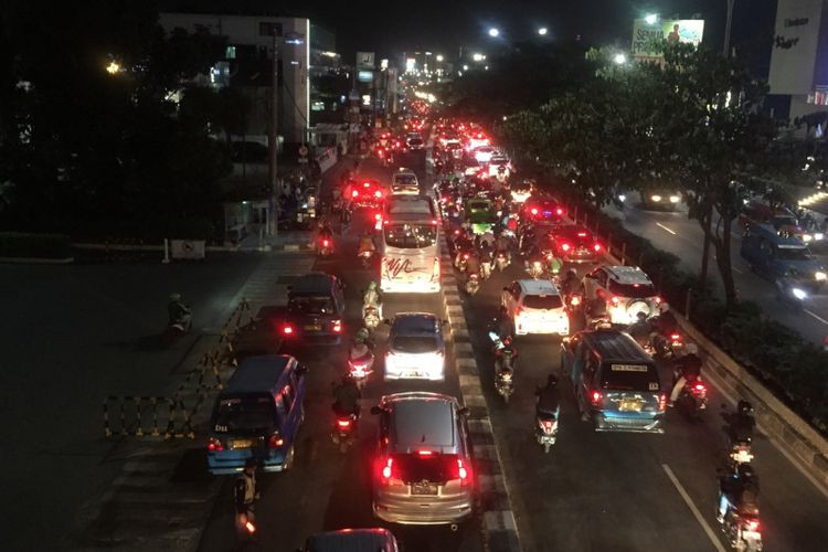 West Java allocates Rp 240b to alleviate Depok's traffic woes