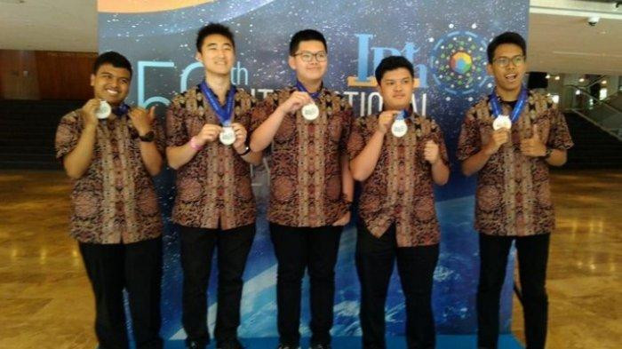Indonesian students win silver, bronze in International Physics Olympiad in Israel