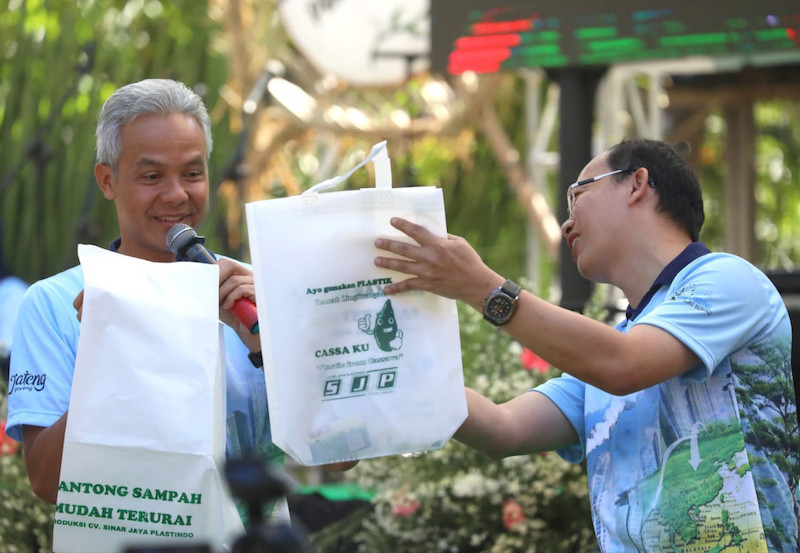 New cassava bioplastic prompts Central Java to mull incentives to replace plastic