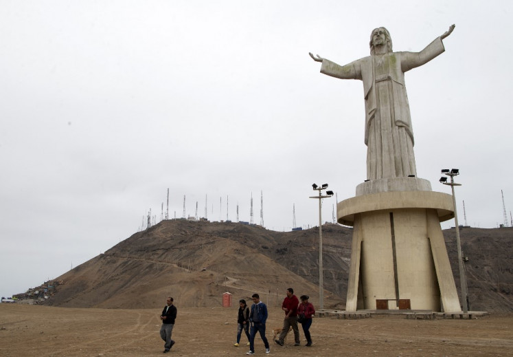 'Christ of Theft' statue poses dilemma for Peru