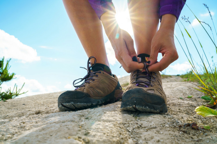 How to choose the right pair of hiking shoes