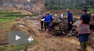 In Muslim-majority Blitar, villagers maintain interfaith harmony brick by brick