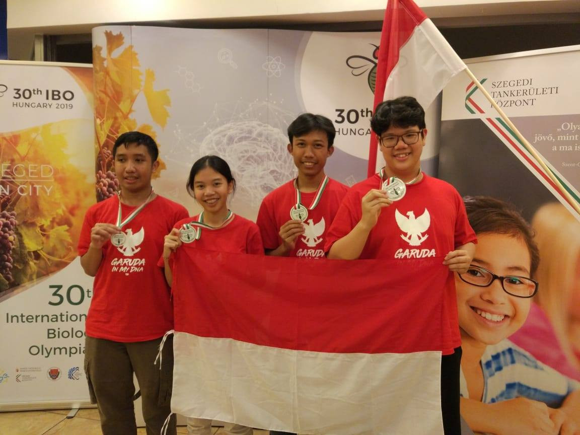 Indonesian students win gold, silver and bronze medals at biology olympiad