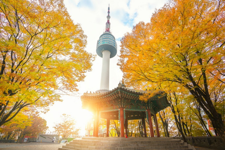 Built in 1969 as Korea's first integrated transmission tower, this landmark is more popularly known today among fans as a venue for romantic scenes in Korean dramas and movies.