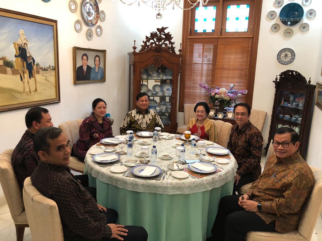 MPR leadership race turns enemies into friends, friends into enemies