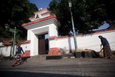 Standing tall: The Hastorenggo royal tomb complex is believed to have been situated at the center of the Mataram Palace. JP/ Boy T Harjanto