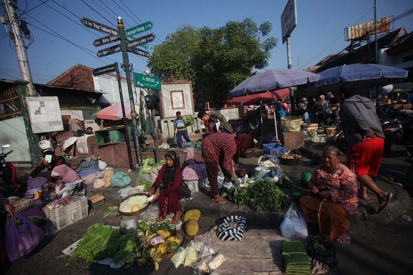 Historical meeting point: Pasar Gede traditional market has existed since before the time of Panembahan Senopati, a ruler of the Mataram Sultanate. JP/ Boy T Harjanto