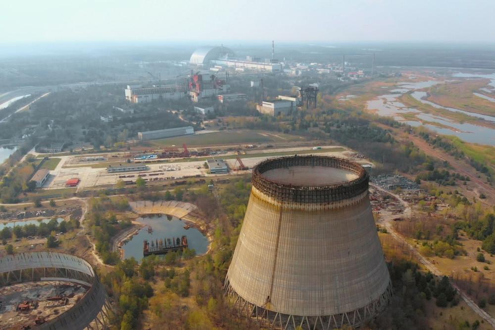 Fire raging near Chernobyl poses radiation risk, say activists