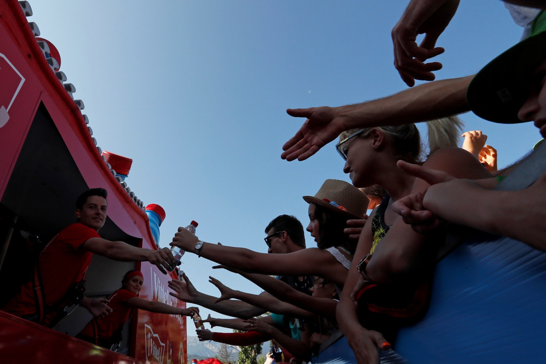 Environmentalists urge Tour de France to end 'avalanche of plastic'