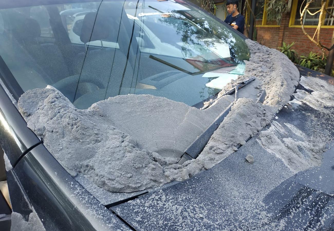 Alert status raised over rising volcanic activity at Mt. Tangkuban Parahu