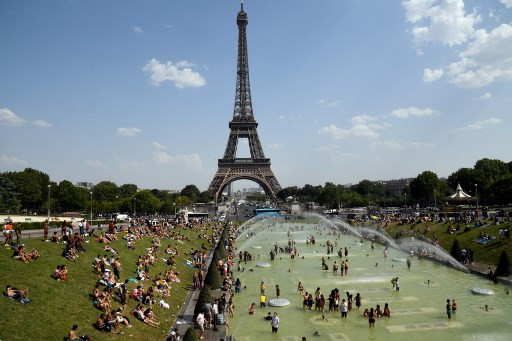 Europe heatwave relents as travel chaos causes new pain