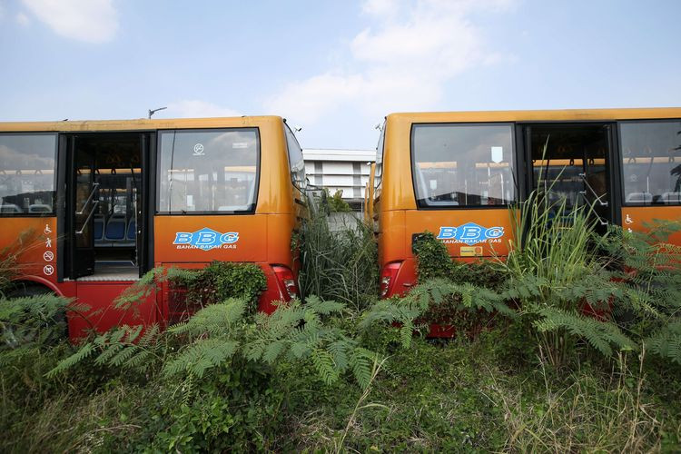 City government files lawsuit against supplier of rusty buses