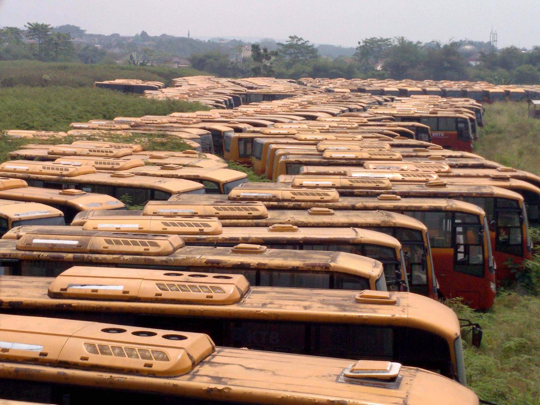 Bogor regent wants abandoned buses to be used for school transportation