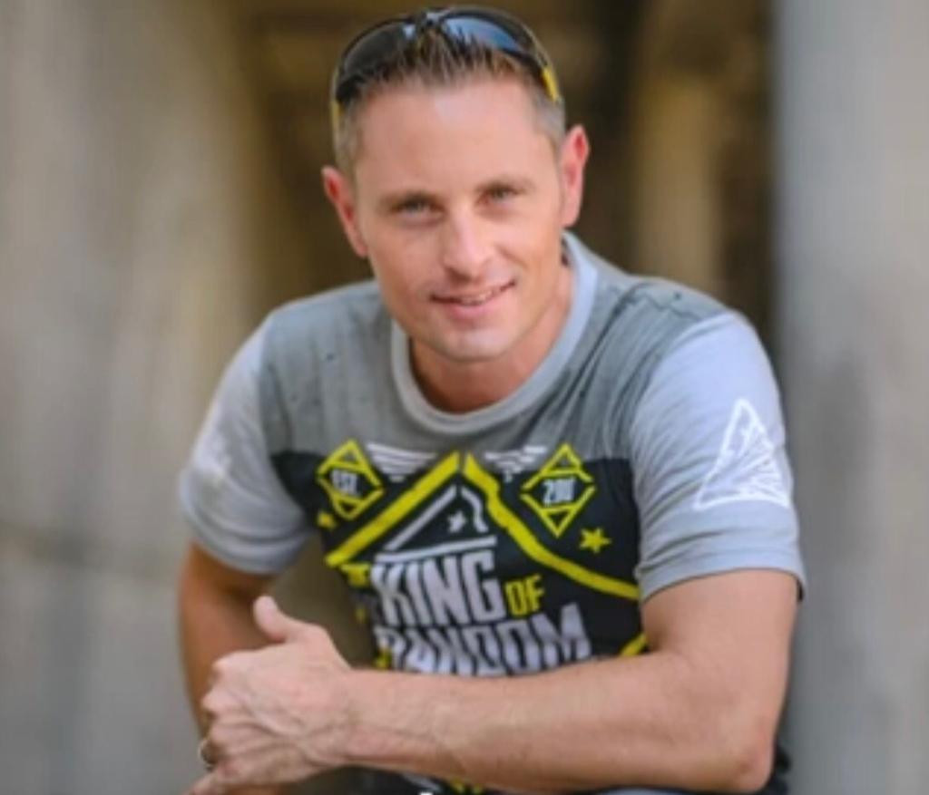 YouTube star Grant Thompson killed in paragliding accident