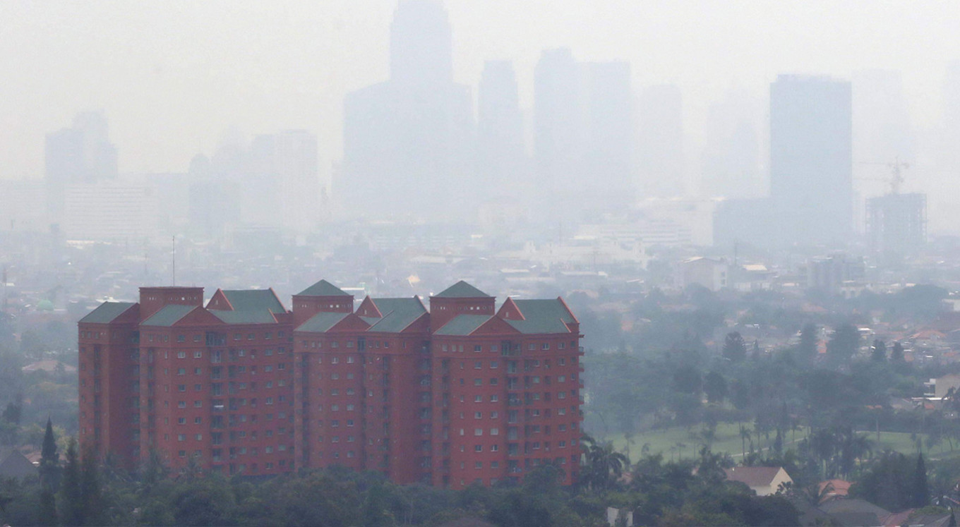 Mobile apps to check Jakarta's air quality