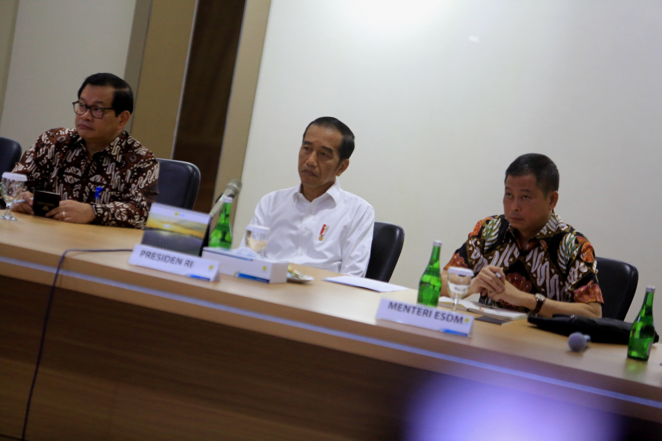 Jokowi disappointed at PLN crisis management